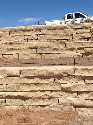 <p>Get a complete retaining wall solution that is not only built-to-last but increases the appeal of your landscape. </p>
